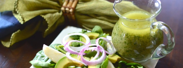 Pear Avocado Salad with Dressing